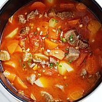 西红柿土豆炖牛腩的做法<!-- 图解6 -->