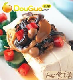 凉拌金针菇豆腐的做法