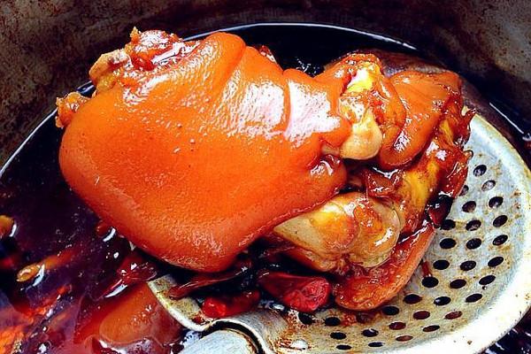 香辣卤猪蹄之卤水制作的做法
