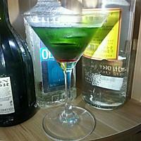 蓝色珊瑚礁鸡尾酒