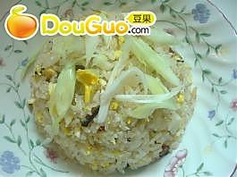 老蜡肉蒜苗蛋炒饭的做法