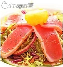 鲜鲔生菜沙拉的做法