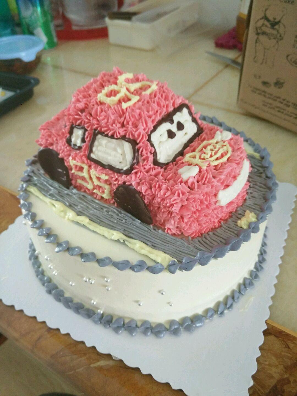 6寸汽车蛋糕