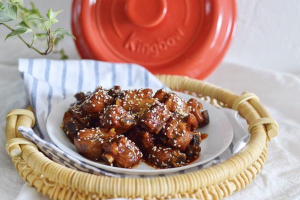 坤博砂锅——糖醋排骨的做法