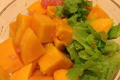 清爽的蔬果沙拉