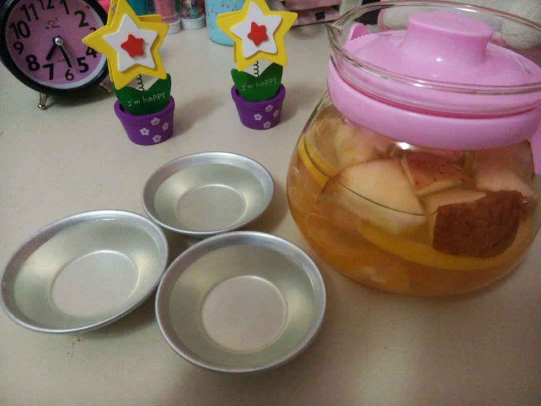 炒菜煲汤临锅时加入提鲜不口干 自制水果茶的做法步骤 1.