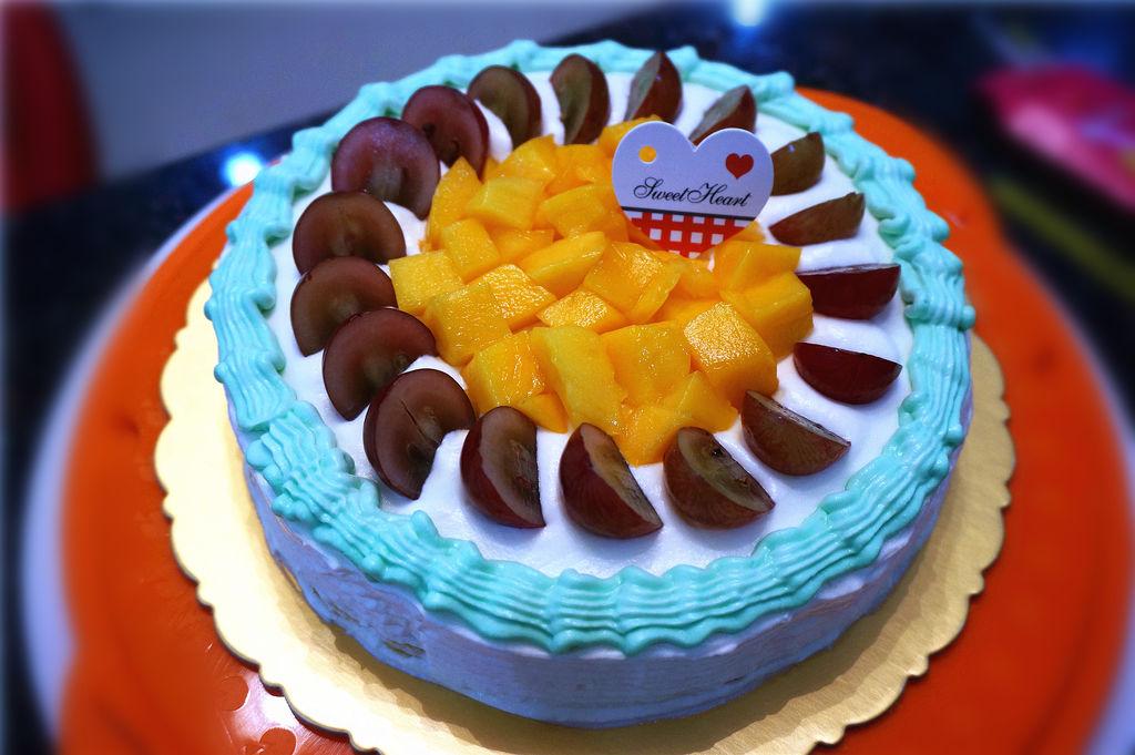 水果彩虹生日蛋糕的做法 !