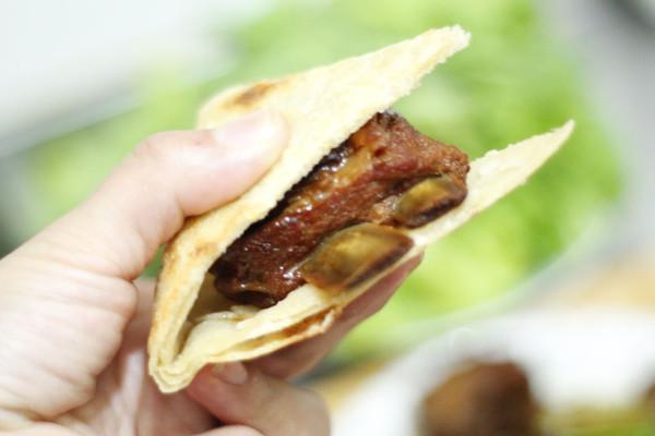 这样的羊肉你没吃过,妙香羊排泡饼,贴秋膘走起的做法