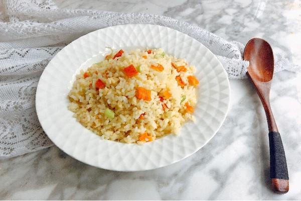 鸡柳炒饭#每道菜都是一台时光机#的做法