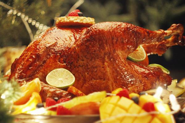 【鹦鹉厨房】圣诞水果烤鸡的做法