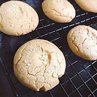 超简单的酥脆桃酥饼