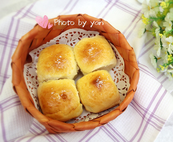 百吃不腻--淡奶油椰蓉奶酪面包