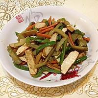青椒榨菜炒干子