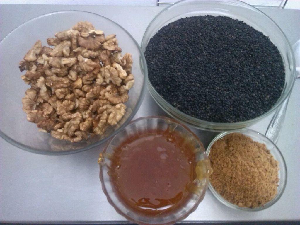 芝麻核桃糖(阿胶红糖)图片