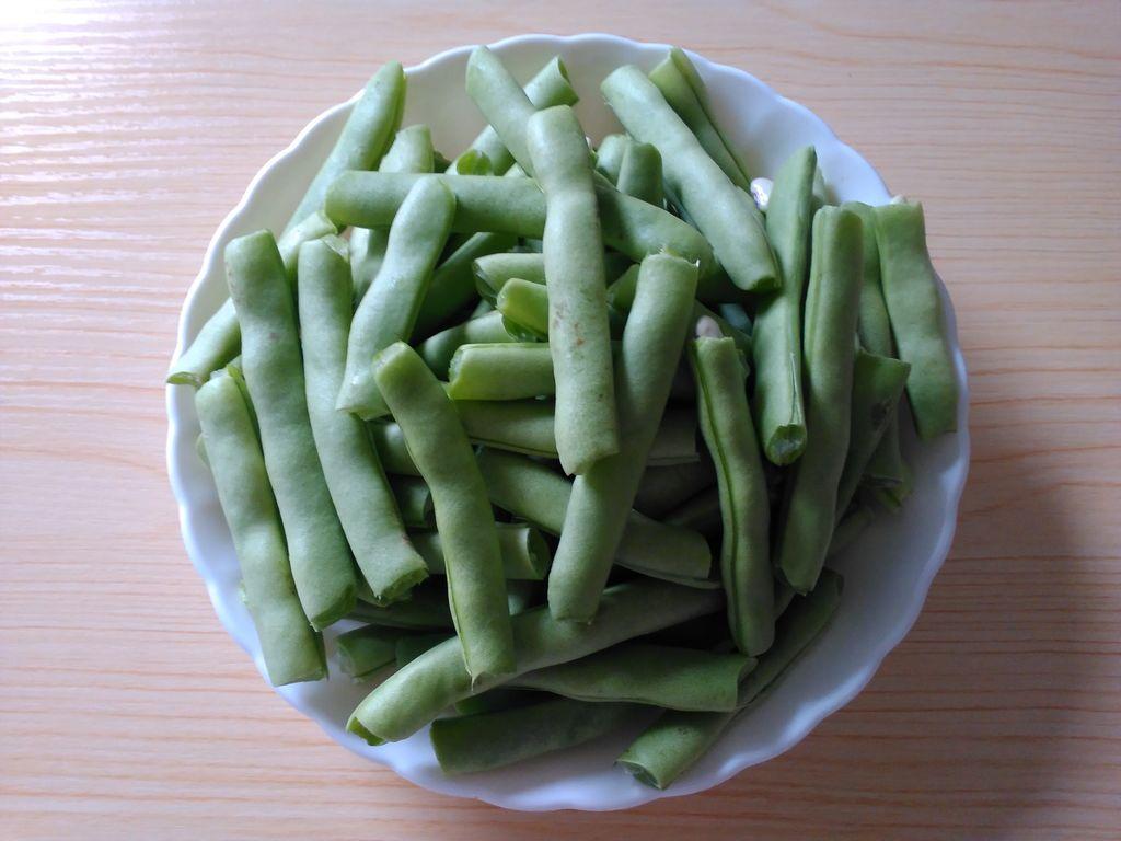 干煸四季豆#自己做更健康#的做法步骤