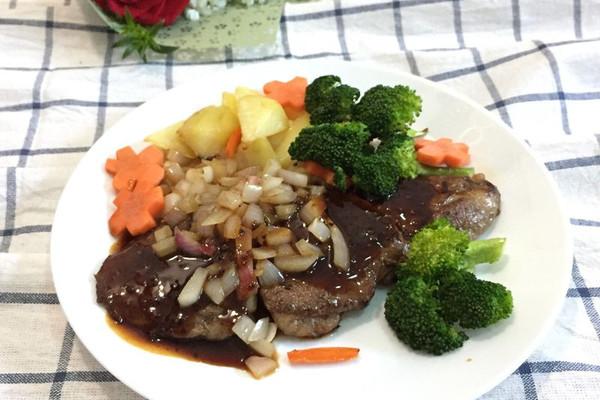 炒菜煲汤临锅时加入提鲜不口干 牛排的做法步骤 9.