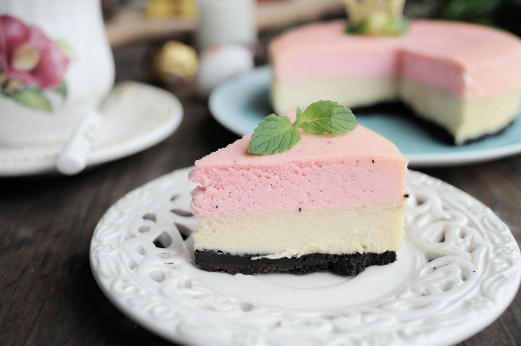 火龙果重芝士双层蛋糕图片