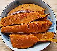 酒酿南瓜豆沙圆的做法<!-- 图解1 -->