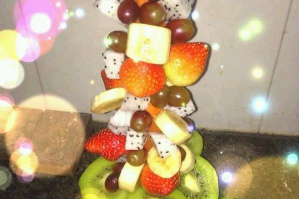 水果圣诞树的做法_【图解】水果圣诞树怎么做好吃