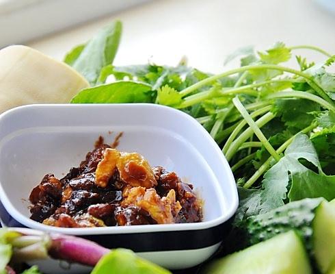 东北人最爱那一口儿蘸酱菜——正宗东北鸡蛋酱的做法