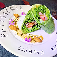 春天中的一抹绿-菠菜卷饼