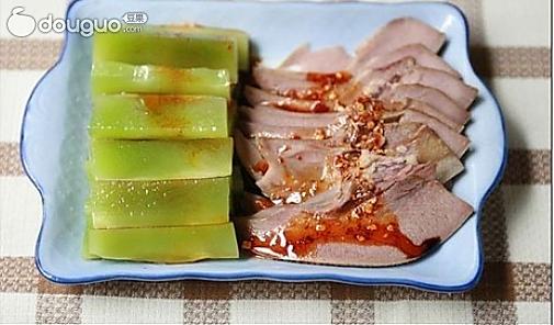 麻辣利子镶莴苣的做法