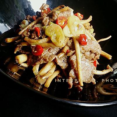 三个步骤滴牛肉炒茶树菇#KitchenAid的美食故事#