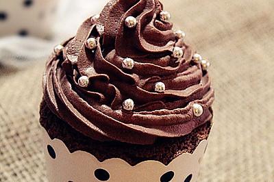 巧克力纸杯蛋糕#九阳烘焙剧场#