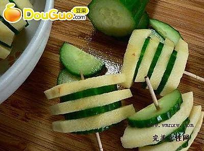 美味黄瓜卷的做法
