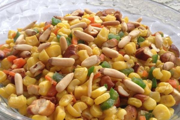 腰果松仁玉米的做法