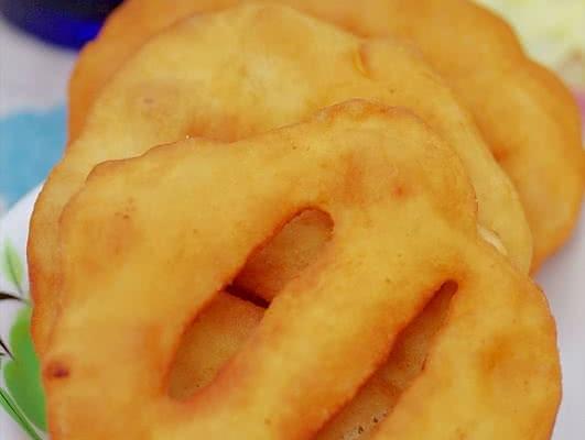 充满年味儿的北方吃食 —— 家庭自制炸油饼的做法