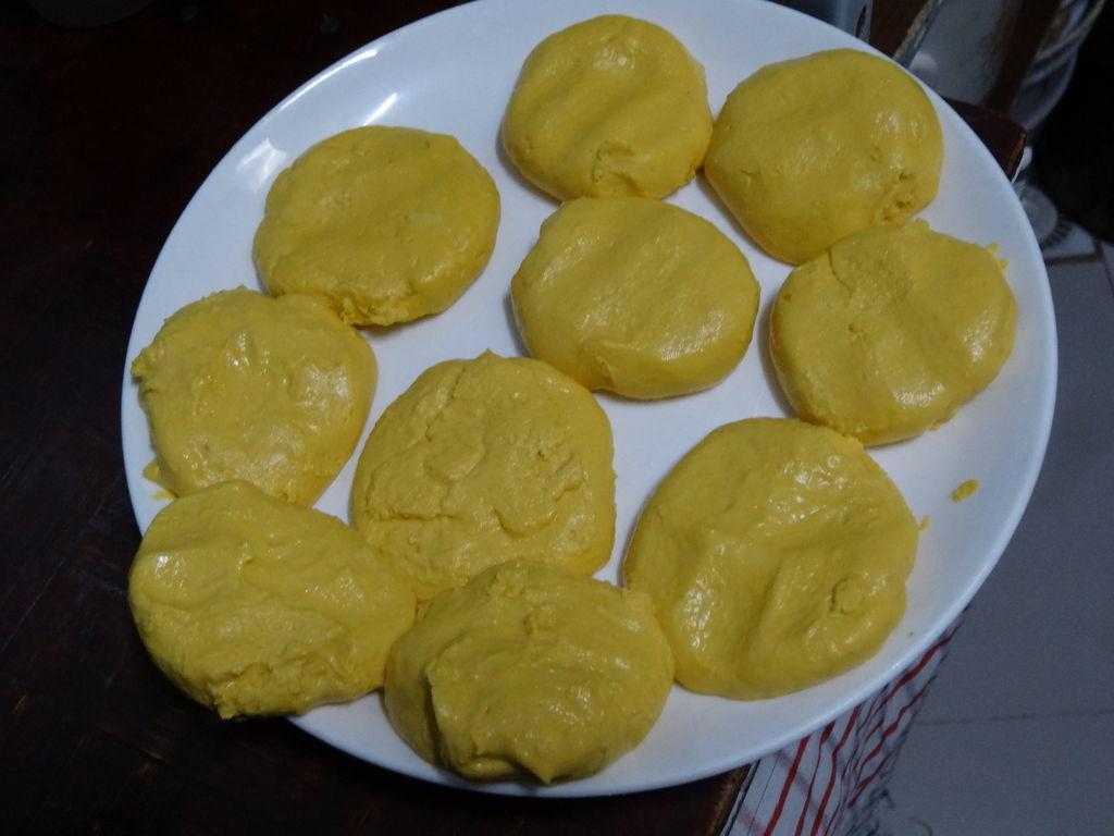 南瓜饼的做法图解5(1024x768,124k)-南瓜饼的制作方法 炸南瓜饼的制