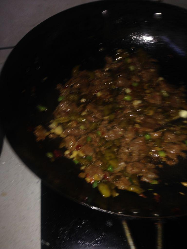 酸辣椒炒牛肉的做法_【图解】酸辣椒炒牛肉怎么做