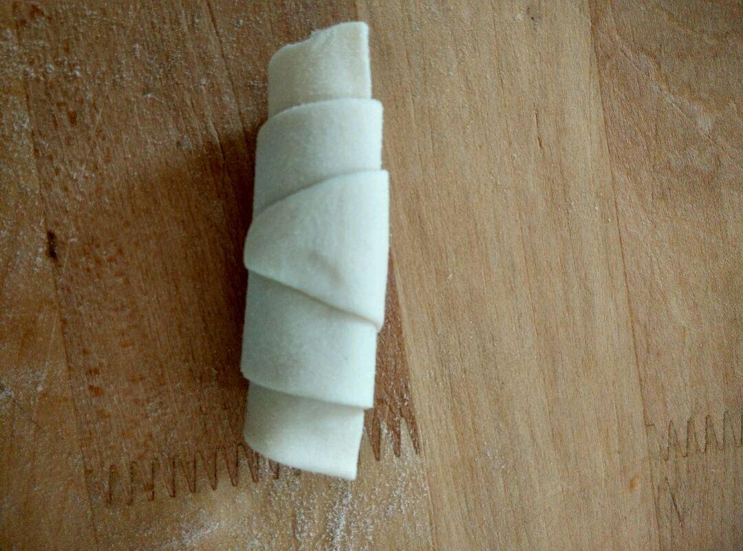 肠仔牛角包的做法步骤