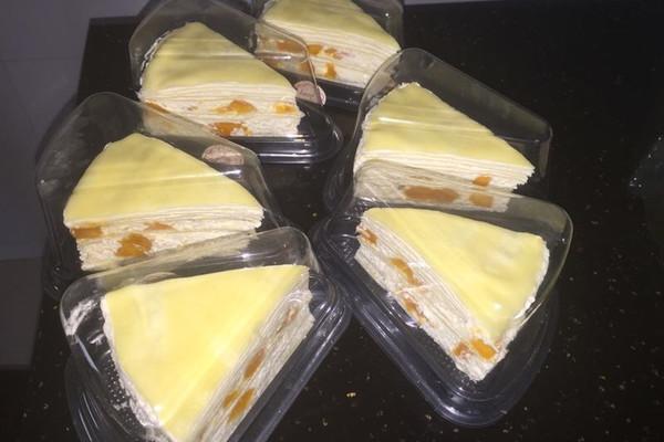 糖粉25g 淡奶油500ml 绵白糖40g 芒果3个 黄油10g 芒果千层的做法步骤
