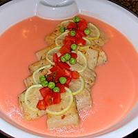 香煎鲈鱼配番茄奶油汁