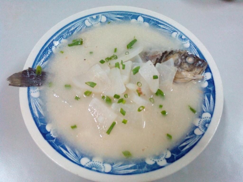 主料大白2条萝卜鲫鱼1根葱少量生姜1小块盐少许胡椒粉少许鹅肉是温性还是凉性图片