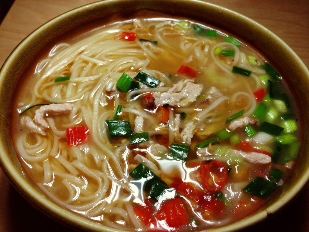 家乐上菜,作用做法味之暖身肉汤家常的浓汤功效猪肝的面条与爱上图片