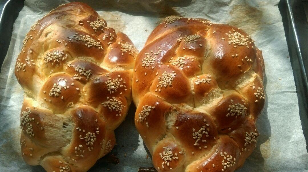 豆沙辫子面包