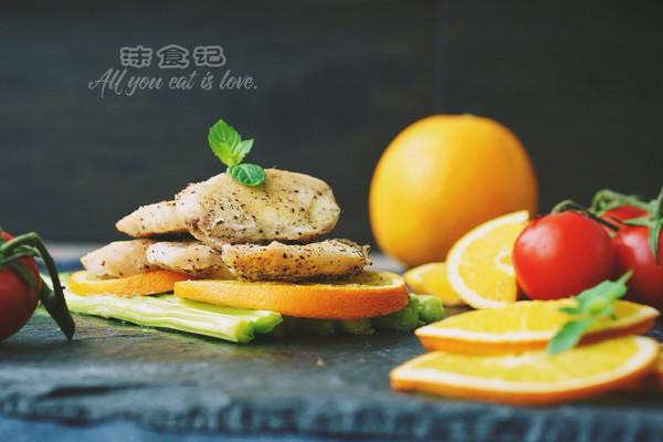 维C橙香烤鸡胸肉的做法