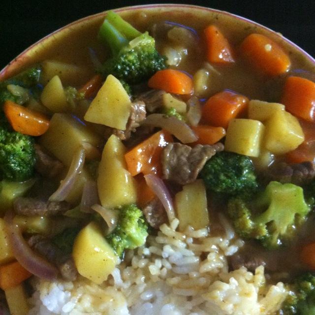 日式牛肉咖喱饭的做法_【图解】日式牛肉咖喱饭怎麽 ...