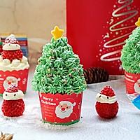 圣诞树戚风杯子蛋糕#安佳烘焙学院#