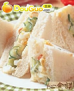 马铃薯沙拉三明治的做法