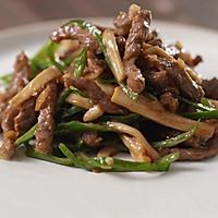 肉类处理技巧:肉片肉丝这样处理,炒起来更美味!