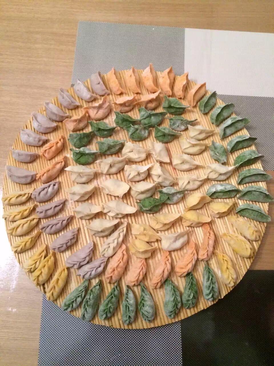 彩色饺子的做法_【图解】彩色饺子怎么做如何做好吃
