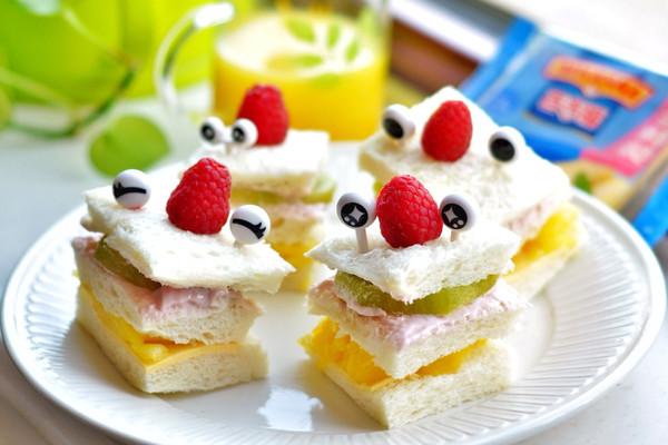萌娃水果三明治#百吉福食尚达人#的做法