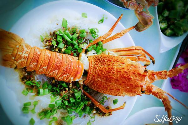 澳洲大龙虾的做法 澳洲大龙虾怎么做如何做好吃 澳洲大龙虾家常做法大全 春风十里小厨娘 豆果美食