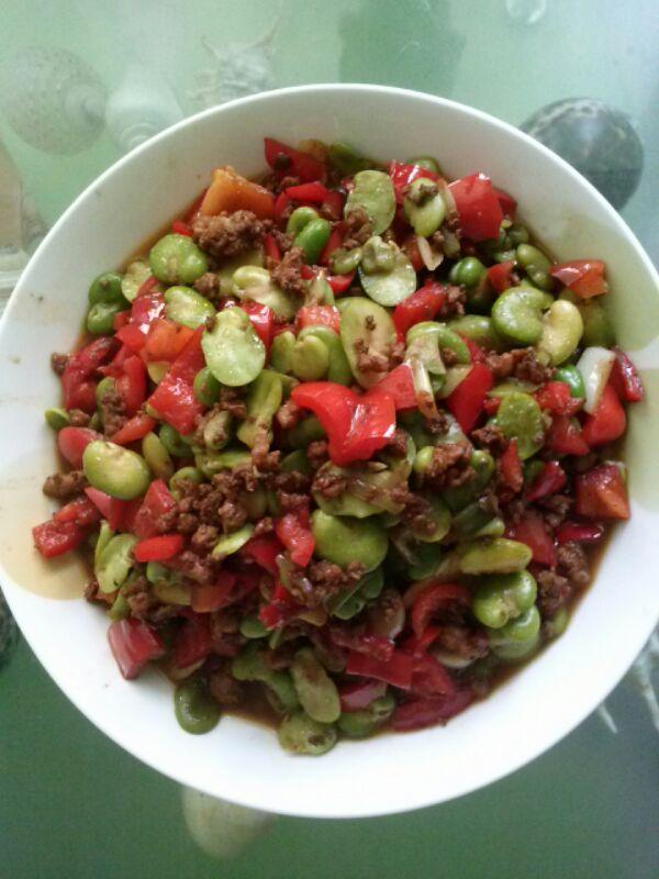 蚕豆炒大辣椒的做法_【图解】蚕豆炒大辣椒怎么做如何