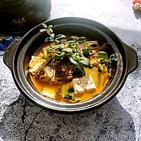 鲫鱼豆腐辣酱汤