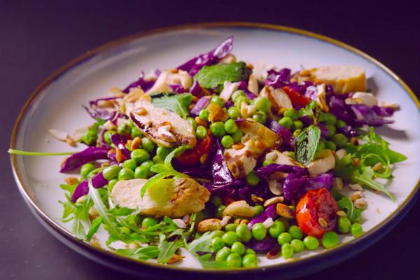 紫甘蓝青豆鸡肉沙拉的做法